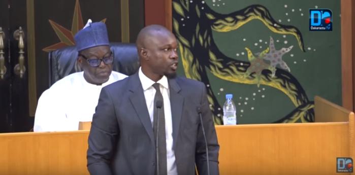 Ousmane Sonko  « L'Administration fiscale ne travaille plus…Les directeurs passent leur temps à tenir des meetings politiques »