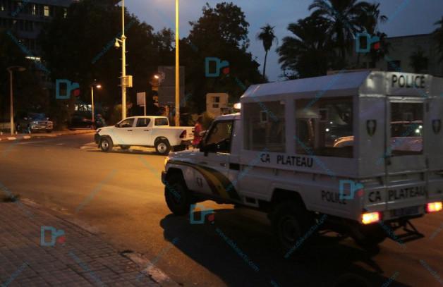Place Soweto : La police fait descendre deux jeunes hommes d'un bus de Dem Dikk-Sont-ils des partisans de Khalifa Sall ?