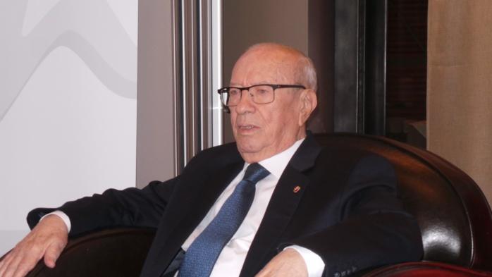 Mugabe exit, Béji Caïd Essebsi de la Tunisie nouveau doyen des chefs d'Etat africains / Macky Sall parmi les dix présidents les plus jeunes