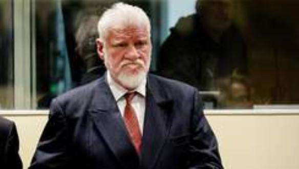 Un accusé se suicide en avalant du poison lors du verdict du TPIY