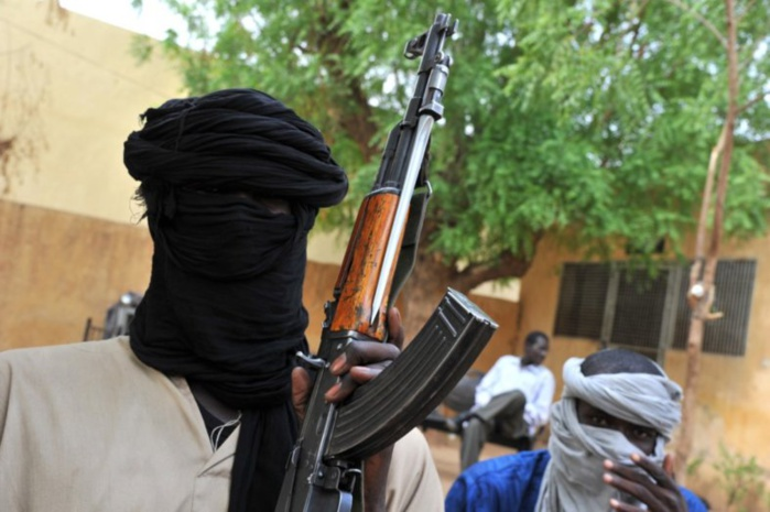 SCANDALE À ROSSO/SÉNÉGAL- Un présumé Djihadiste Nigérian, refoulé de la Mauritanie, poignarde un policier et un civil Sénégalais