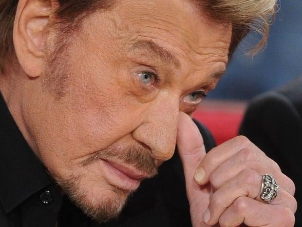 Mort à 74 ans : Le cancer a fini par vaincre le roc « cœur » des français Johnny Hallyday