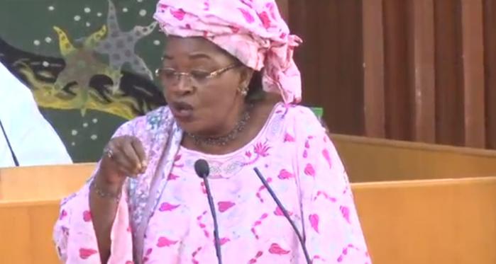Aïda Mbodj pour le désenclavement de Theytou : « C'est une  demande des chercheurs qui viennent du monde entier enquêter sur Cheikh Anta Diop »