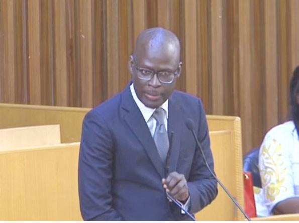 """Cheikh Bamba Dièye sur le Franc CFA : """"Nos Etats doivent prendre leurs responsabilités"""""""