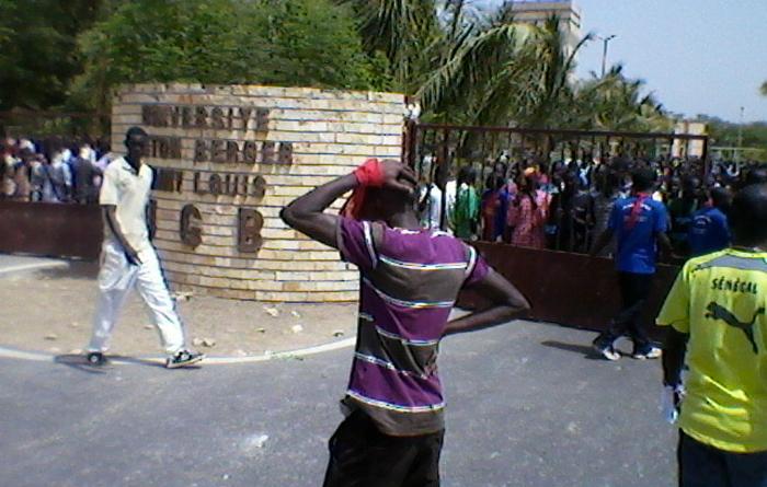 UGB / Les étudiants au « front » pour réclamer le paiement de leurs bourses