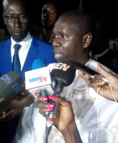 Me Oumar Youm, Directeur de cabinet du président de la République, réagit sur les 200 milliards supposés recouvrés dans la traque des biens mal acquis
