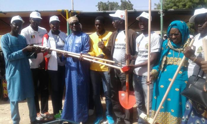 And defar sunu gox à Mékhé, Sonatel assainit le cadre de vie des populations