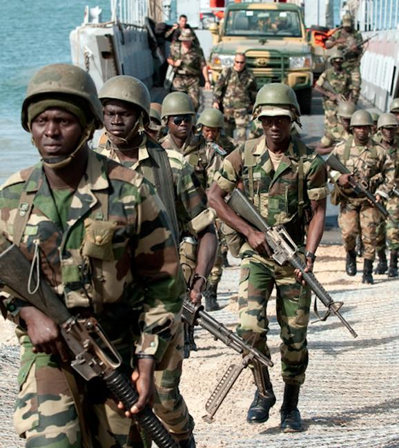 "Attaque de Boffa : l'armée va traquer les malfaiteurs ""jusqu'à la limite de ses moyens"" (commandant zone militaire 5)"