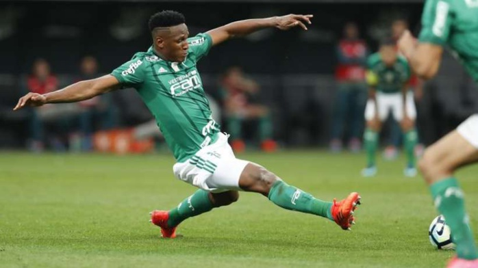 OFFICIEL : Yerry Mina débarque au Fc Barcelone