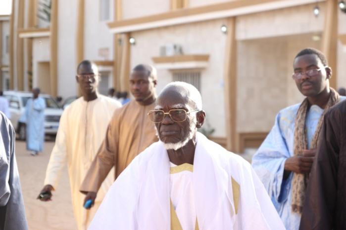 Grande mosquée de Touba : Le nouveau Khalife Serigne Mountakha a participé à la prière du vendredi