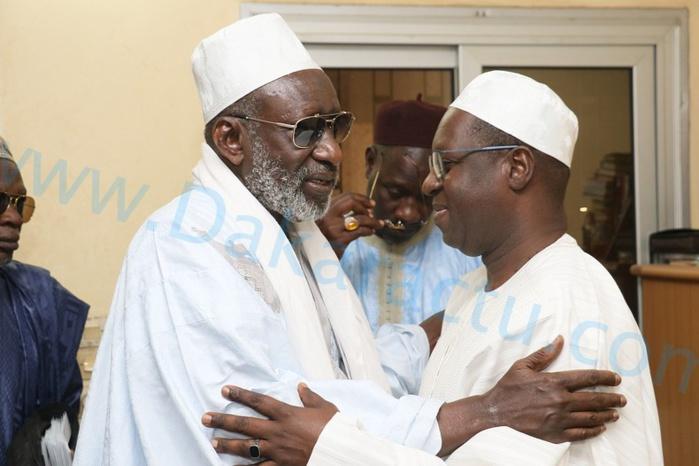 Ziarra annuelle de Thierno Seydou Nourou et Thierno Mountaga Tall : Abdou Karim SALL, DG de l'ARTP, en visite de courtoisie chez Thierno MadaniTALL.