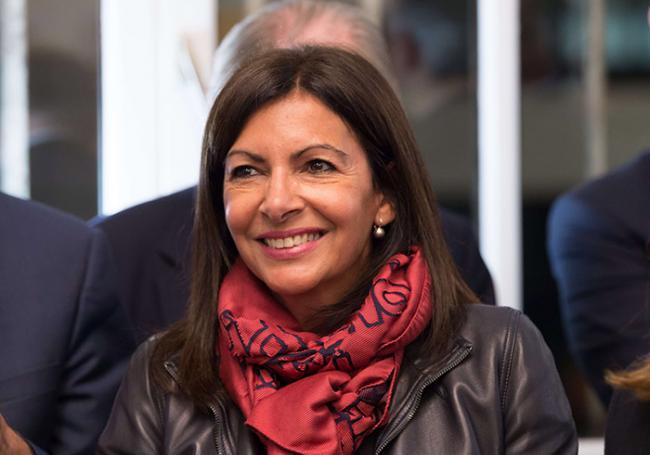 SCANDALE : Anne Hidalgo dépense 224.580 euros pour un rapport de... 14 pages