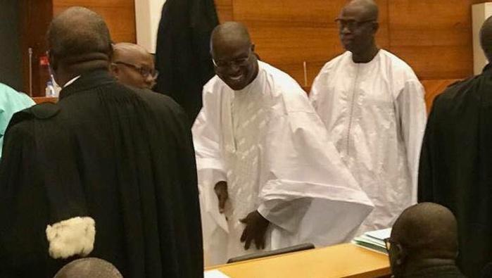 Mairie de Dakar : Khalifa Sall a fait des délégations et continue à signer des mandats