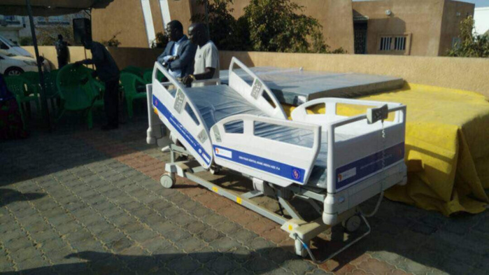 PARCELLES ASSAINIES : Go Faye offre des lits médicalisés au centre de santé Mame Abdoul Aziz Sy