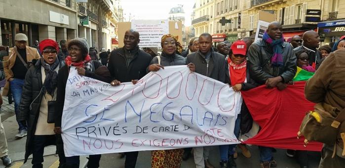 Pour des élections transparentes, l'opposition sénégalaise marche à Paris