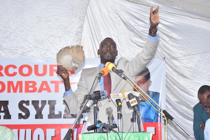 """Ousmane Diop, conseiller politique du maire de Thiès : """"Talla Sylla a démystifié le bureau hanté de la mairie de Thiès"""""""