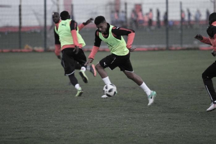"""Santy Ngom : """"C'est une grande fierté de jouer pour le Sénégal"""""""