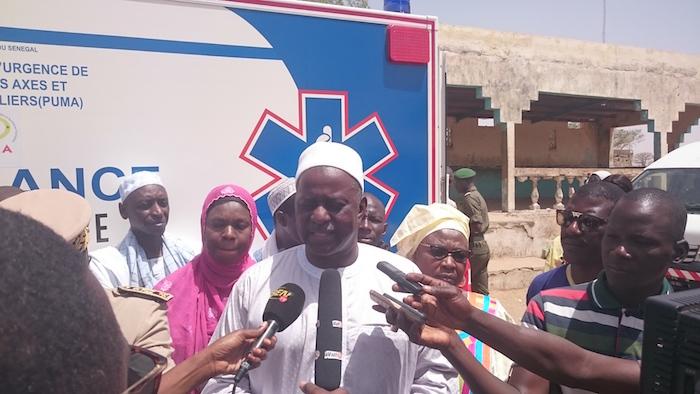 Kaffrine : 5 ambulances médicalisées offertes aux populations