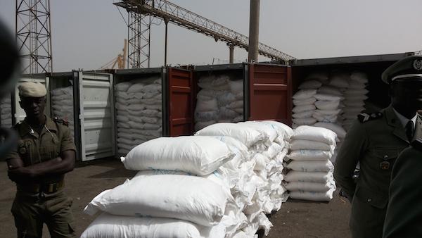 Importation frauduleuse de sucre : Un quidam détenant une fausse DIPA et deux de ses complices arrêtés