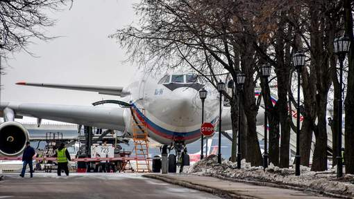 Des diplomates russes expulsés des États-Unis arrivent à Moscou