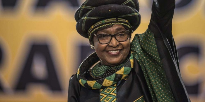 Mort de Winnie Mandela, ex-épouse de Nelson Mandela, à l'âge de 81 ans