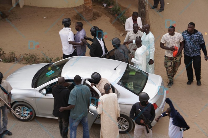 Descente des éléments du GIGN à Dakaractu : la presse nationale dénonce un « dangereux précédent »