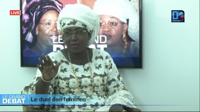 Rapports « sous le coude » de Macky : Maïmouna Ndoye Seck parle de « fiction »