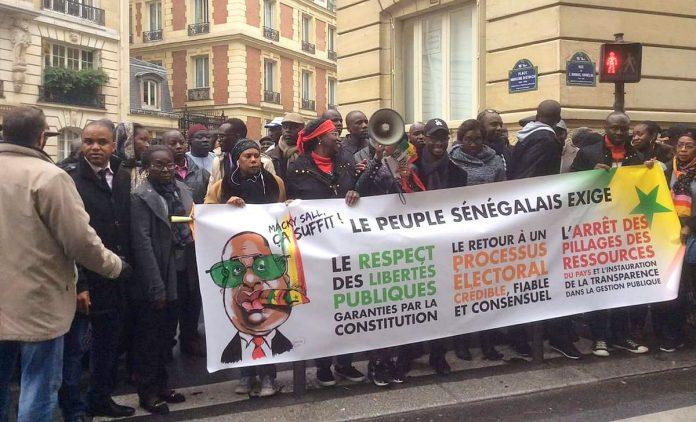 Mardi grave à Paris : l'opposition et la société civile vont manifester contre la visite de Macky Sall