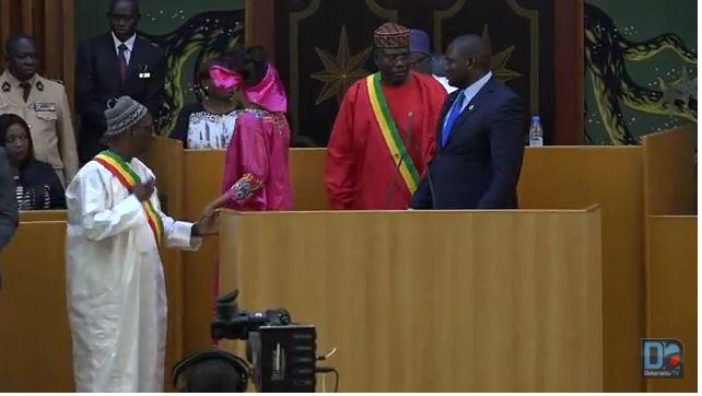 Bara Doly raille le ministre de la justice et « boxe » Ablaye Matar Diop : « Madior, monsieur le tailleur du président »