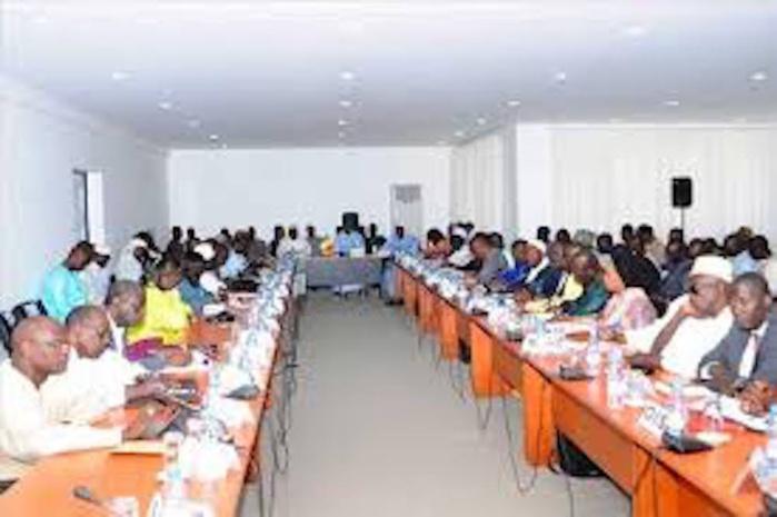 Éducation : La rencontre entre gouvernement et Syndicats d'enseignants se poursuit encore après 10 heures de conciliabules