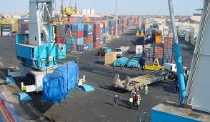 Commerce extérieur-Statistiques sur la détérioration du solde en un an : Il varie de -369,5 milliards de FCFA à -558,4 milliards de FCFA