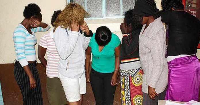 Sénégal : un quart des femmes ayant un diplôme universitaire acceptent de devenir deuxième, troisième ou quatrième épouse