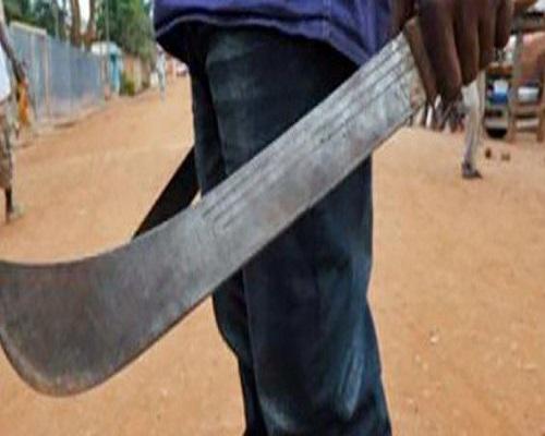 Kaolack/Dya : Une dizaine de malfaiteurs lourdement armés, dévalisent des boutiques et blessent une personne