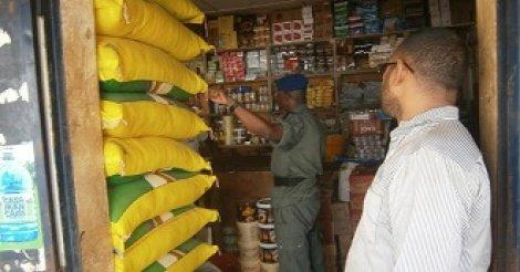 Kaolack : 25 tonnes de produits alimentaires impropres à la consommation saisies par les services du commerce