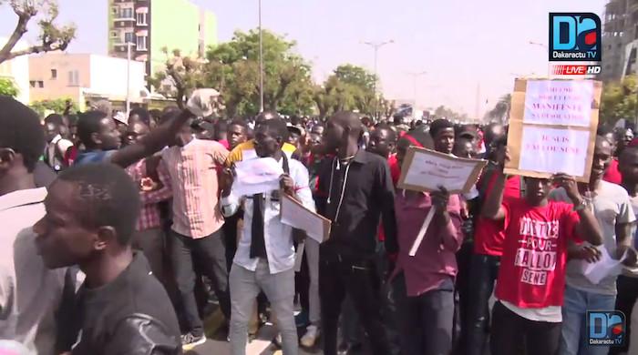 """MARCHE NATIONALE : Les étudiants réclament le départ des ministres impliqués et dénoncent """"la diversion de l'État"""""""