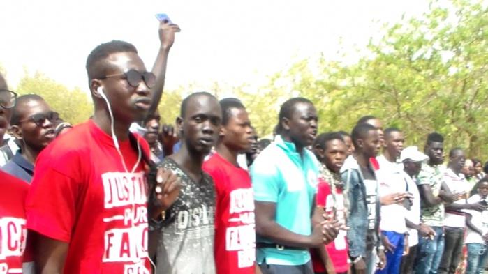 Les étudiants ressortissants de Louga ont marché du Lycée à la Gouvernance