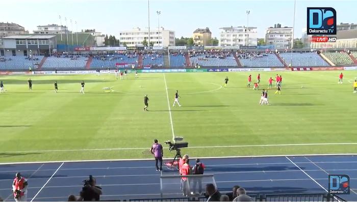 Luxembourg-Sénégal : Les deux équipes à l'échauffement