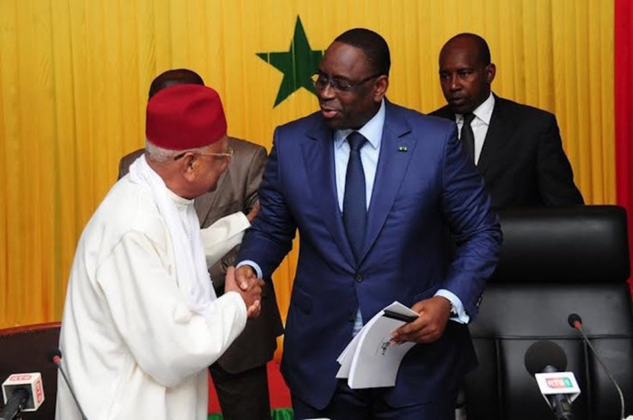Retour médiatique des Assises nationales :  les « réserves » de Macky en exergue