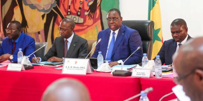 PALAIS DE LA RÉPUBLIQUE / DÉMISSION DE MAME MBAYE NIANG : Macky convoque un Conseil des ministres d'urgence