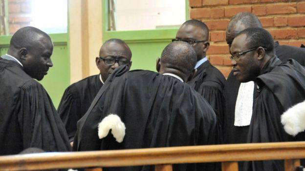De hauts magistrats limogés au Burkina