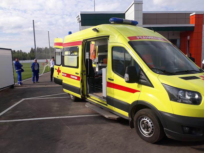 Premier galop en Russie : Les Lions sous surveillance d'une ambulance médicalisée