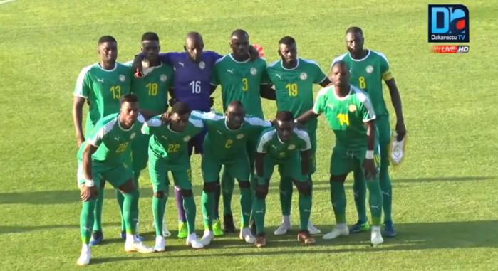 Le onze du Sénégal contre la Pologne, avec Khadim Ndiaye et Moussa Wagué