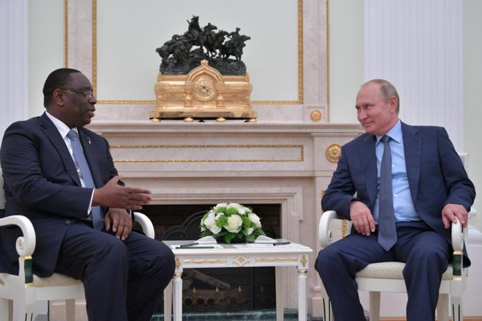 Images de la rencontre entre Macky et Poutine : La pêche, l'industrie et l'énergie au cœur des échanges