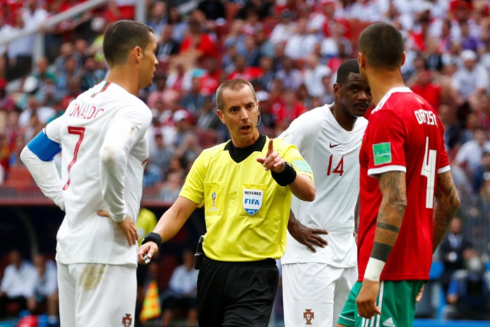 PORTUGAL/MAROC : L'arbitre aurait demandé son maillot à Cristiano Ronaldo, la FIFA dément