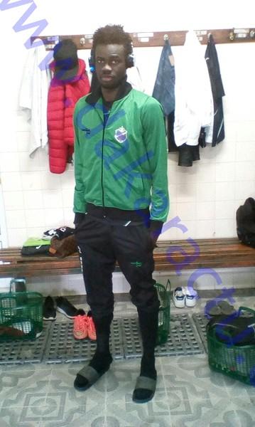 Meurtre à Yoff : un jeune footballeur poignardé à mort