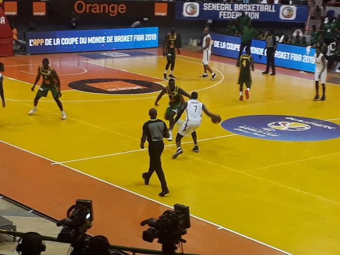 Eliminatoires Coupe du Monde Basket Masculin- (41-44): le Sénégal devant à la mi temps contre la Centrafrique
