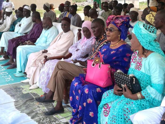 Abdou Karim Sall appuie la communauté éducative de Mbao.