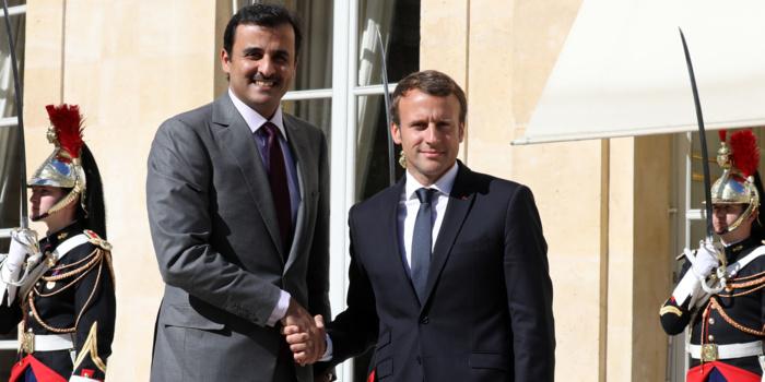 L'émir du Qatar à Paris sur fond de polémique autour du retour de Karim Wade