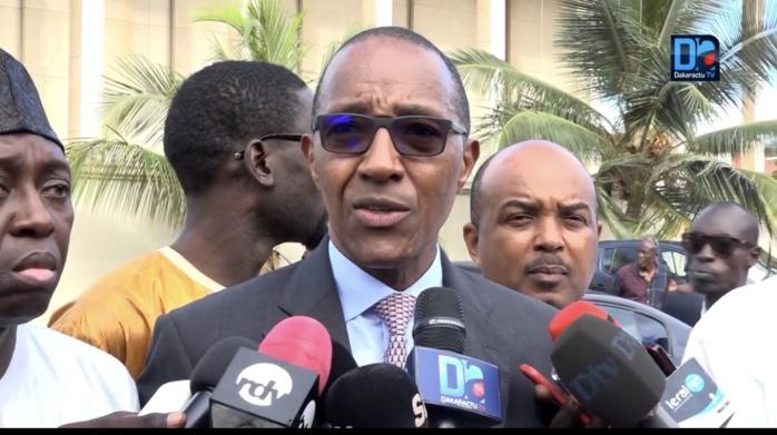 Parrainage : l'opposition déchire l'arrêté du ministre de l'Intérieur et saisit la Cour suprême