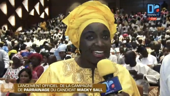 Mimi Touré raille l'opposition : « Thow li ci media yi, gagni amoul base la »
